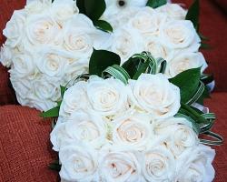 White Wedding Bouquets - B31
