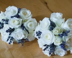 White & Purple Bridesmaids Bouquets - B85