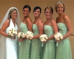 Cream Bridesmaids Bouquets - B76