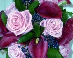Calas & Roses Purple Bouquet - B73