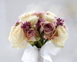 Mauve & White Bouquet - B75