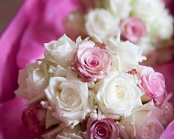 Pearl & Rose Bouquet - B67