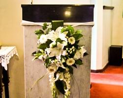 Cream Pulpit Flowers - C24