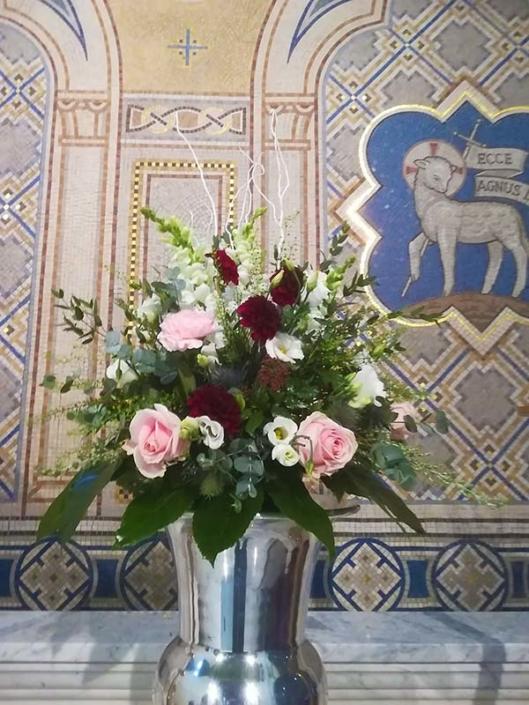 Silver Vase Arrangement (D307)